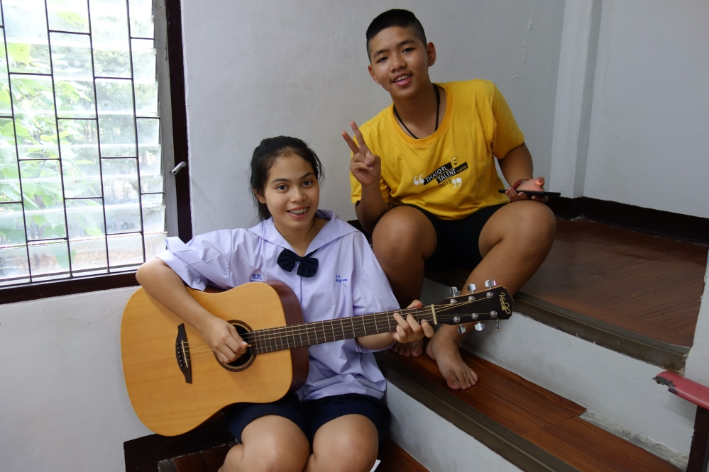 bangkok-klong_toey-2jeunes