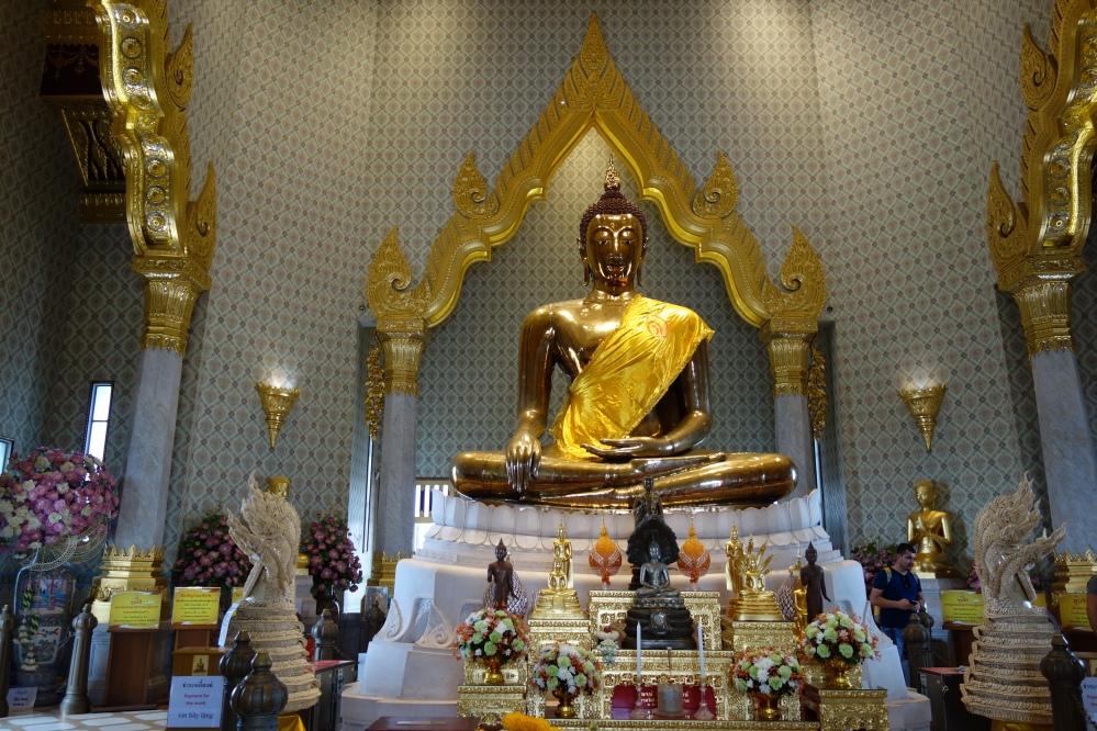 bangkok-wat_traimit_bouddha_d'or